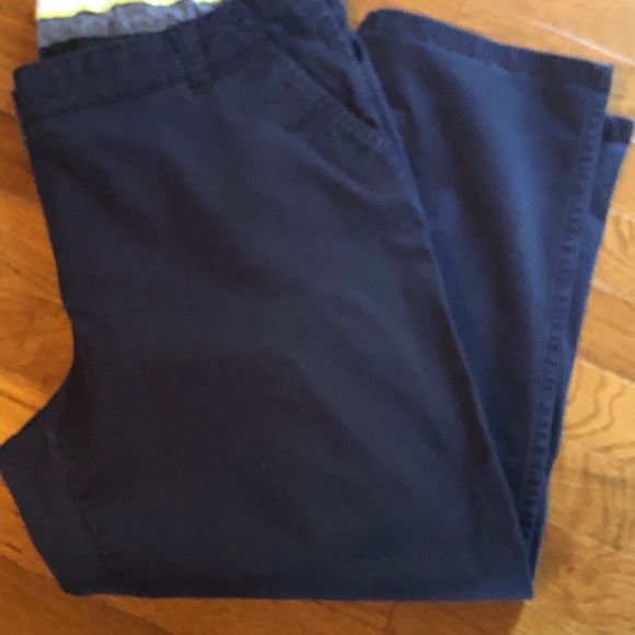 crown & ivy Pants - Crown & Ivy Navy Capri Pants, Size 16